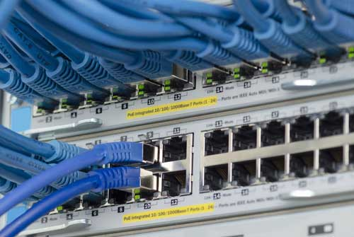 Datenübertragungstechnik-EDV Elektrotechnik Luft Elektrotechnik Elektriker
